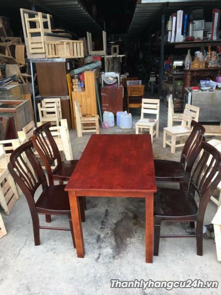 Bàn ghế gỗ nhà hàng thanh lý mới 90%