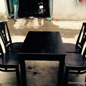 Thanh lý bàn ghế gỗ nhà hàng mới 90%