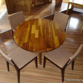 Thanh lý bàn ghế gỗ tròn nhà hàng