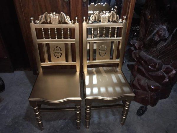 Thanh lý ghế gỗ kiểu xưa